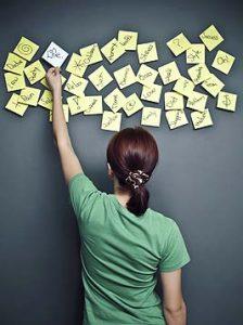 Наклейки помогут запомнить слова людям с визуальным каналом восприятия