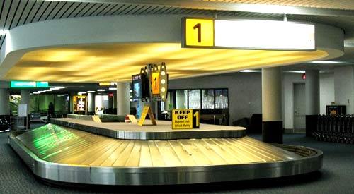 Получаем багаж в аэропорту